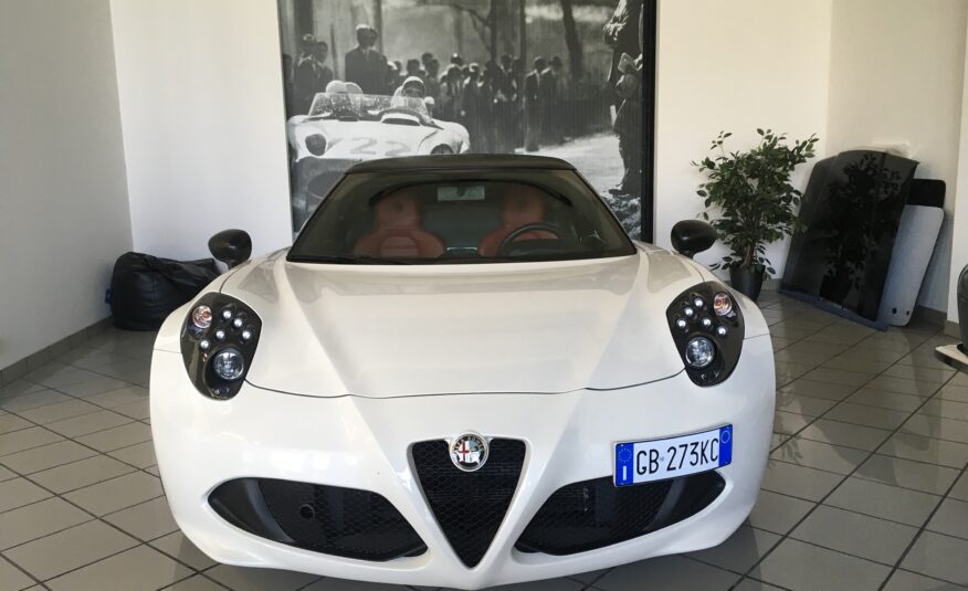 Alfa Romeo 4C Bianco Perla